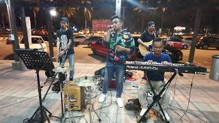 Kisah Antara Kita (Busking Version)   One Avenue Band