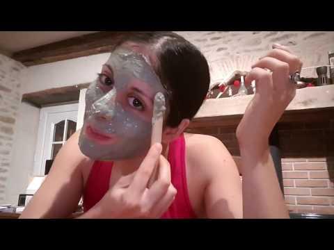 Le masque pour les yeux des rides sur les paupières