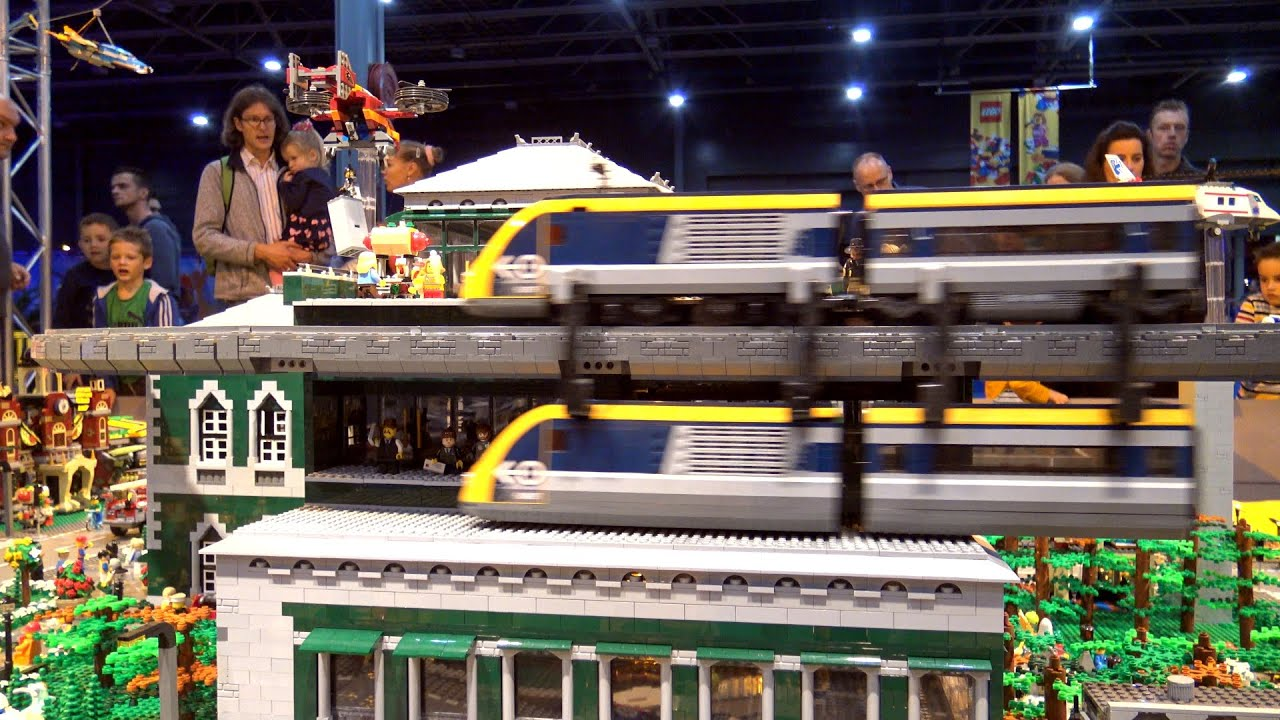 THE MOST AMAZING LEGO TRAIN CITY YOU HAVE EVER SEEN - LEGO WORLD 2019
