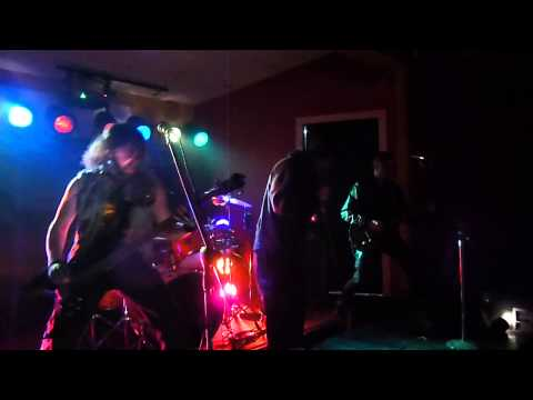 Six Gun Salvation with Michale Graves performing Shining