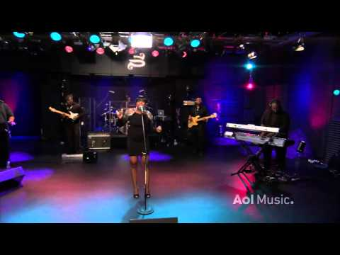 Fantasia - When I See U (AOL Music Sessions) 2010 HD