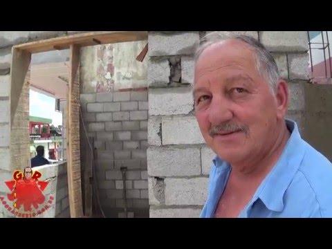 Ambulante disse : O prefeito mandou construir uma barraca de alvenaria em espaço público ( Calçada)