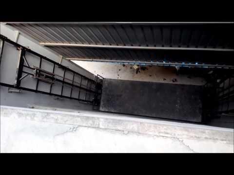 Hydraulic Goods Platform Lift