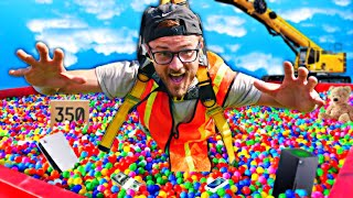 We Made A GIANT Human Claw Machine! *Crazy Prizes*