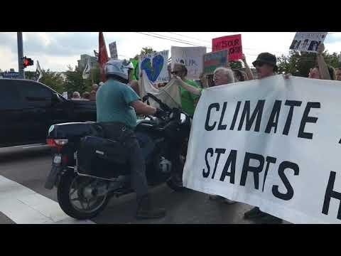 Kalamazoo climate change protest almost gets violent
