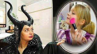 Маргарита как Рапунцель наряжается и делает макияж / Dress Up & Kids Make Up