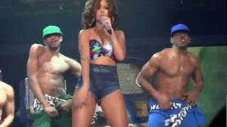 Rihanna - Rude Boy (Live @ Sportpaleis Antwerp 22 October 2011) ♥