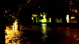 preview picture of video 'inundación en la plata, sobre calle 8 esq 521 bis tolosa'