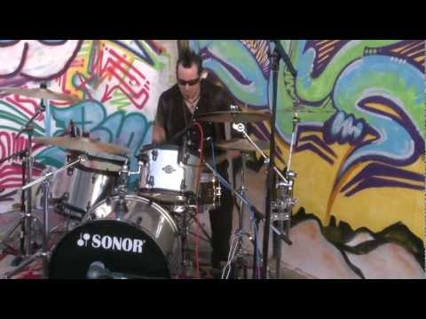Charlie Zeleny: Drumageddon Brooklyn: Drummer Solos Up Brooklyn Building in One Take