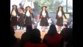 preview picture of video 'Las Populares Cuarteto Femenino-Puerto Tirol (Chaco)'