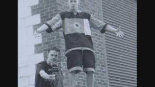 Eminem - Unrealistically Graphic (Early 90's Unreleased feat. Kid Chaos)