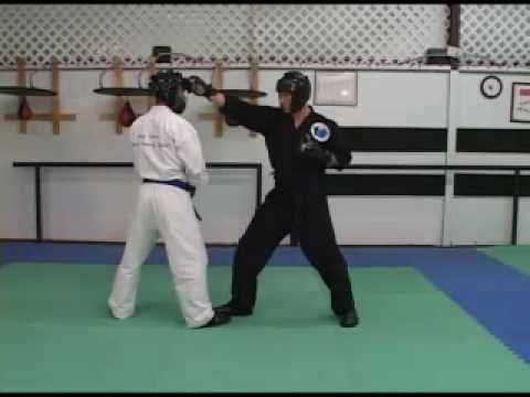 How to Sport Karate Beginner/Intermediate Back knuckle