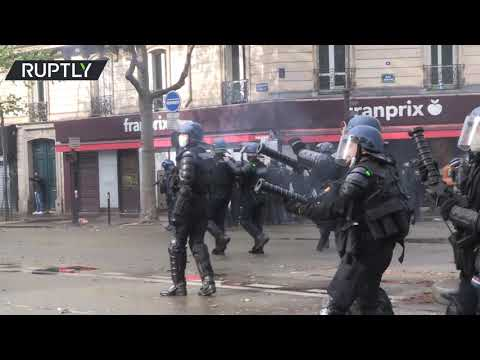 Paris scuffles | Pro-Palestine protest met with tear gas and water cannons
