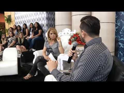 Entrevista na TV com nosso Diretor Comercial sobre o mercado de agencia de modelos e nossa atuação.