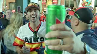 Astros Fan Goes Viral After Buying Beer For Entire Section
