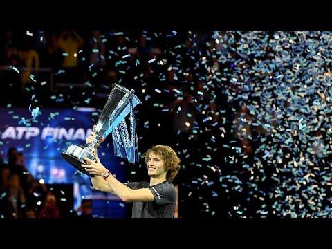 العرب اليوم - شاهد: الكسندر زفيريف يفوز على دجوكوفيتش في نهائي بطولة لندن الختامية للتنس