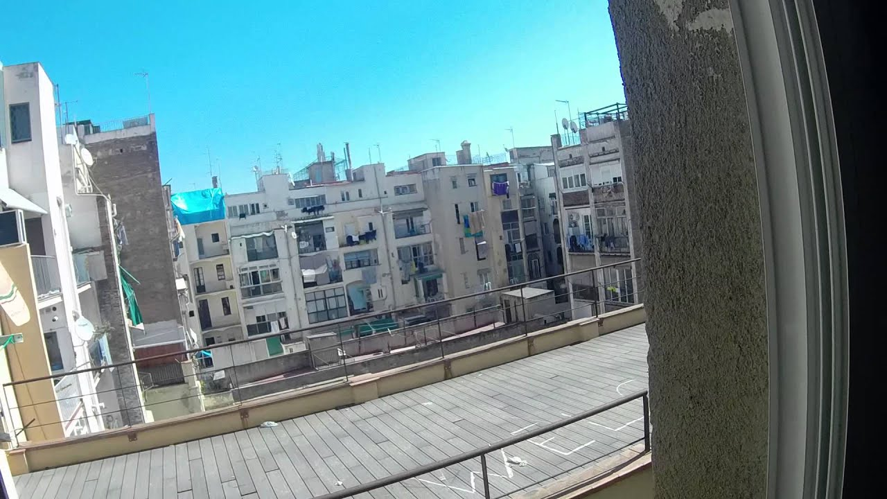 Rooms for rent in bright 2-bedroom apartment in El Raval