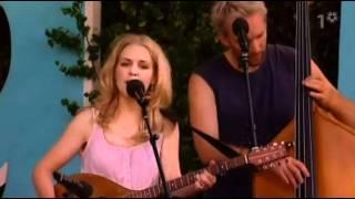 Sofia Karlsson - Jag Väntar... (Live)