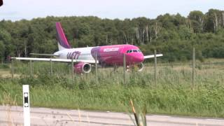 preview picture of video 'Wizz Air Airbus A320 Säve departure (bad camwork)'