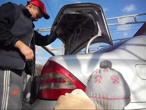 как открыть багажник без пульта Mercedes W203