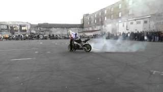 Крутые трюки на мотоциклах. Дрифт на мотоцикле.