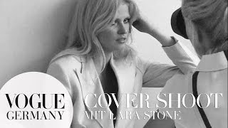 Lara Stone Hautnah Beim Cover-Shoot In Paris – Models Backstage | VOGUE Behind The Scenes