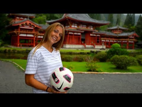Soccer Girl - 5D Mark II - HD 4000