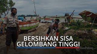 Kapolsek Padang Selatan Langsung Turun Bantu Bersihkan Sisa Gelombang Tinggi Menghantam Rumah Warga