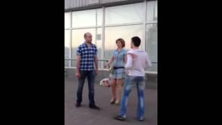 ДРАКА, НАЕЛИСЬ ГАМБУРГЕРОВ И В ДРАКУ