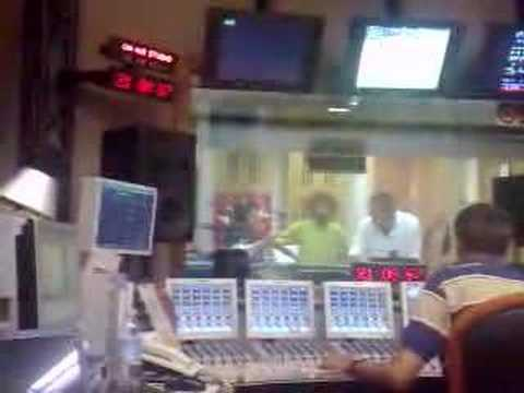 Video di Shor ospite a Rai Radio 2 su Versione Beta