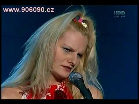 Na stojáka - Iva Pazderková - Blondýna: Víte, co je PMS?