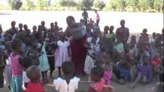 preview picture of video 'Matunkha - Childrens Corner, www.matunkha.nl'