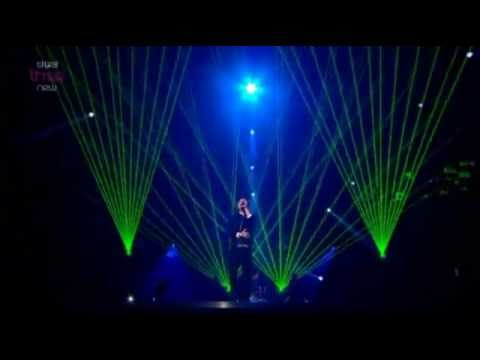 Conor Maynard - Can't Say No/Turn Around (Live MOBO Awards 2012)