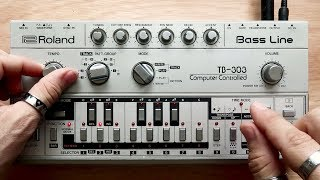 Roland TB 303 Bass Line In Action