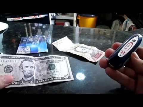 Detector de billetes falsos  2 en 1 (dos en uno)   2016 Con Luz Uv Y Detector Magnetico