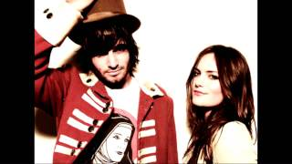 Angus and Julia Stone - Private Lawns HD