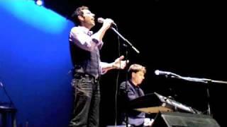Chris Mann - On a Night Like This (Idina Menzel Tour)