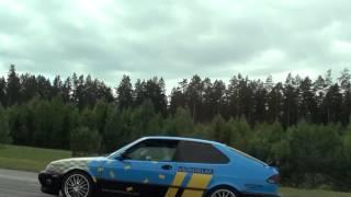 Ferrari 458 Italia Vs Saab 9-3 Aero