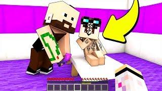 LYON SI È FATTO UN TATUAGGIO! - Scuola di Minecraft #17