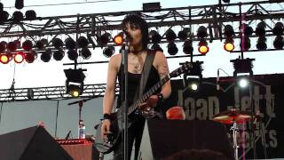 """Joan Jett and the Blackhearts - """"Do You Wanna Touch Me?"""" (Live in San Diego 6-30-11)"""