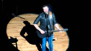 Randy Houser Goes Acoustic For Like A Cowboy // Nashville, TN // Country Outfitter