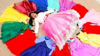 Jannie Pretend Play Dress Up with Beautiful Dresses