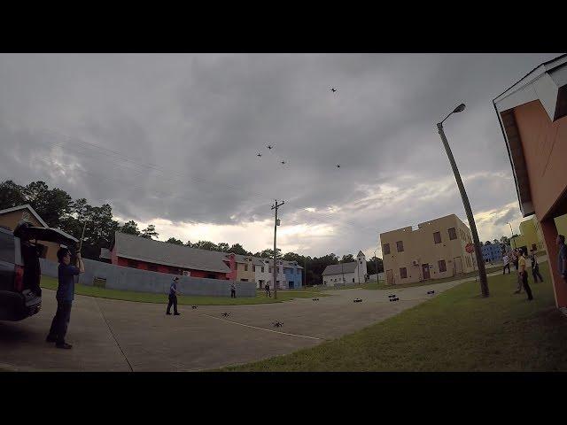 Армия США отрабатывает тактику использования роя дронов