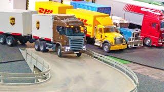 BRUDER Container TRUCKS, UPS Scania LKW RC Umbau, DIE FLUCHT von PLAYMOBIL Figur Johnny Evil!