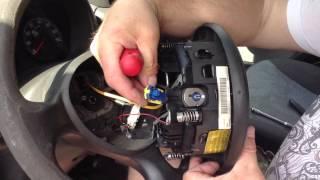 Как снять руль на Fiat Doblo 2006 года