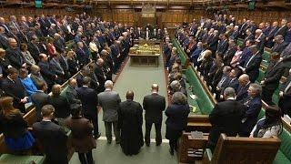 Вестминстер атаки: депутаты обращают свое почтение