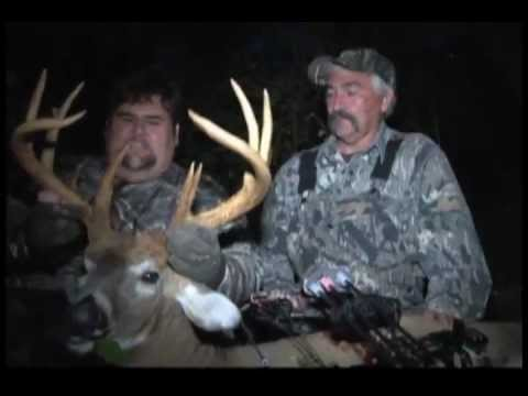Tooney Hill, aka \'Mississippi Slim\', arrows a great Ohio whitetail at Twin Valley Whitetails