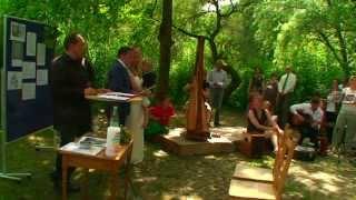 preview picture of video 'lin & phil Oona Böken und der Waldparkchor'