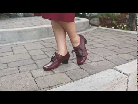 Claire 1940s Oxfords (Brown)