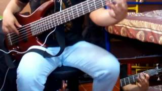 Anthrax - A Skeleton In The Closet (Bass Cover)
